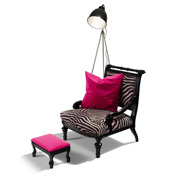 Amadou - Sessel in coolem Zebralook, Fußhocker und Polster